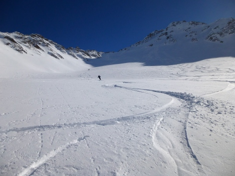 open slopes, good snow, sunshine...