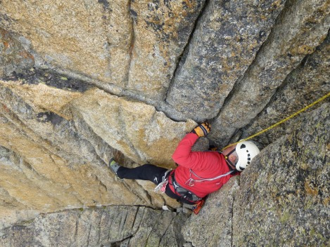 Laurie getting stuck into some perfect granite